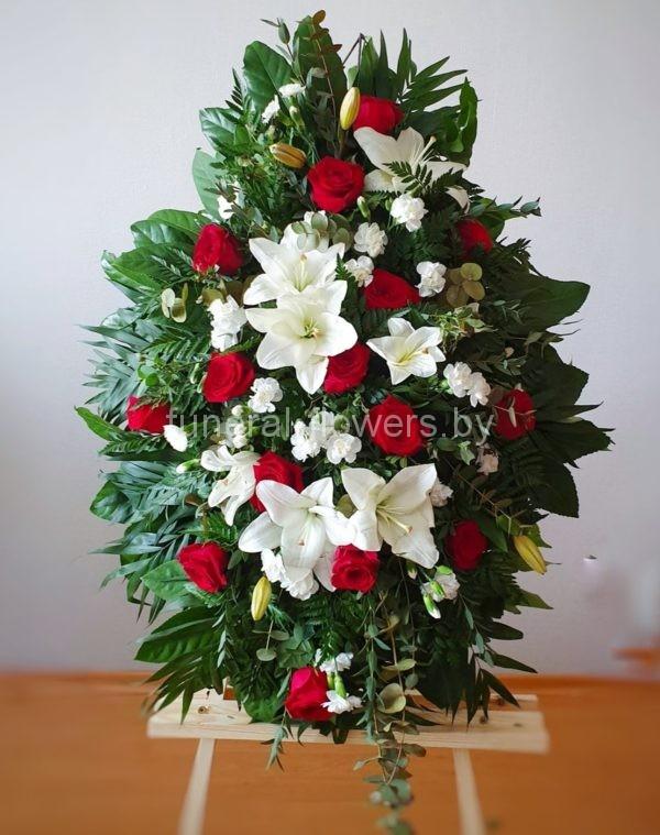 Венок на похороны из живых цветов овальный «Память»