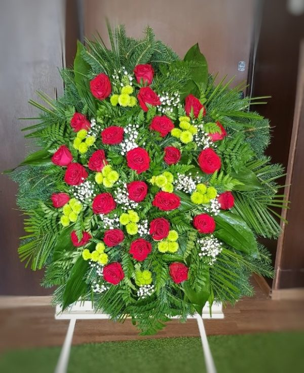 Похоронный венок из живых цветов круглый «Бесконечность»