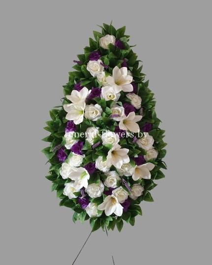 """Ритуальный венок из искусственных цветов """"Флоренция"""""""